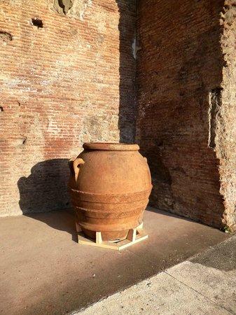 Mercati di Traiano - Museo dei Fori Imperiali : Mercado de Trajano - Roma - Abril 2013 - Foto Sayuri Murakami