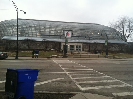 Garfield Park Conservatory: Exterior