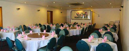 Dragon Garden Chinese Restaurant: Dining Area