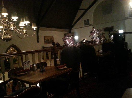 Freemason Abbey Restaurant: Mezzanine dining 2