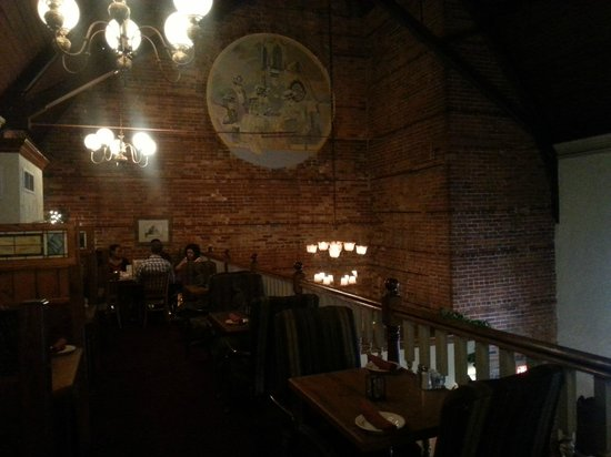 Freemason Abbey Restaurant: Mezzanine dining 1