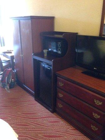 Microwave Mini Fridge Cabinet And Dresser Plenty Of
