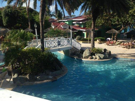 Pineapple Beach Club Antigua: Pool