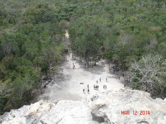 Ruines de Cobá : View from the top looking down. WOW!