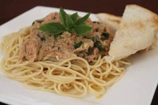 Le Dan Seafood Restaurant: Tuna pasta