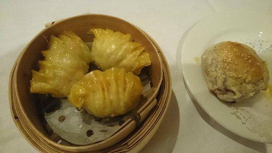 Shark Fin House: Shark & pork dumplings