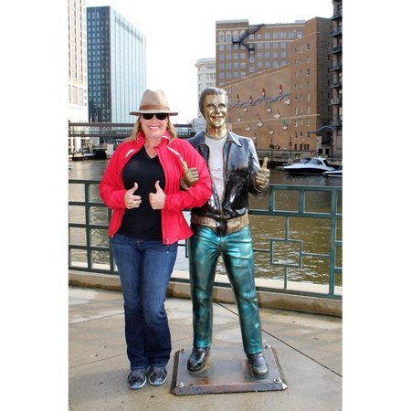 Untapped Tours: The Packed Bag meets The Fonz in Milwaukee