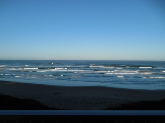 Inn at Nye Beach: Out on the Deck!