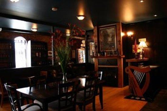 Galway Bay: Tasting Room