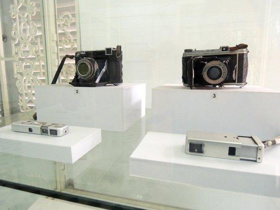Ho Chi Minh City Museum: Japanese cameras