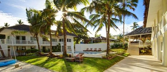 Momo Beach House: View from the beach