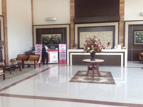 Efa Hotel : LION AIR city check-in at our lobby