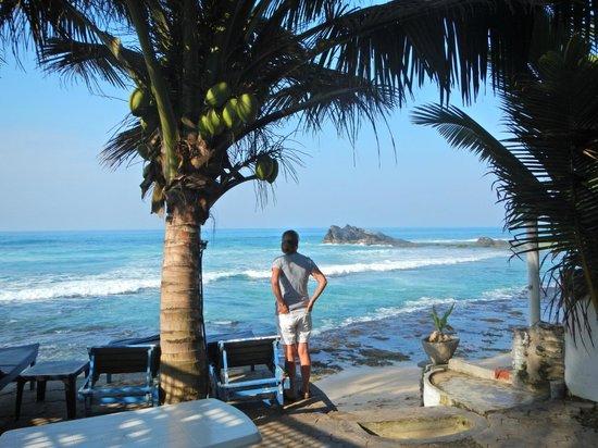 Blue Sky Beach Resort: View from dining deck