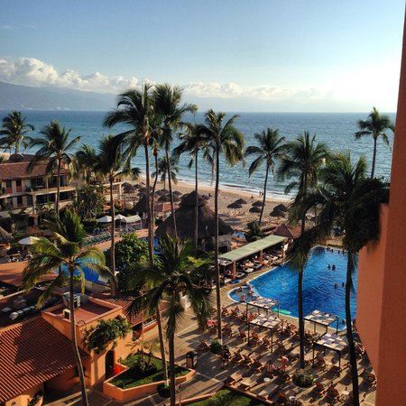 Crown Paradise Golden Resort Puerto Vallarta: My favorite place in the world :)