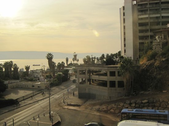 Leonardo Plaza Hotel Tiberias: looking at the sea of Galiee from the Leonardo