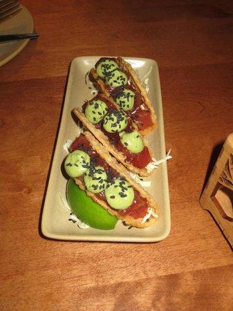 Monkeypod Kitchen : Tuna Taco