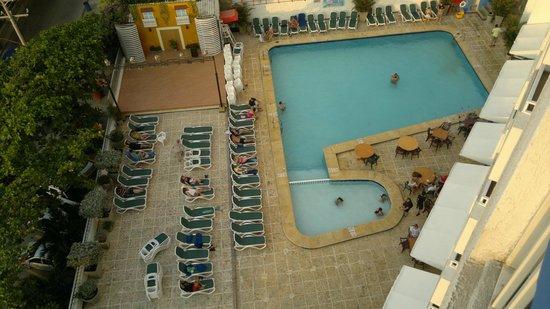 Decameron Cartagena: Piscina del hotel
