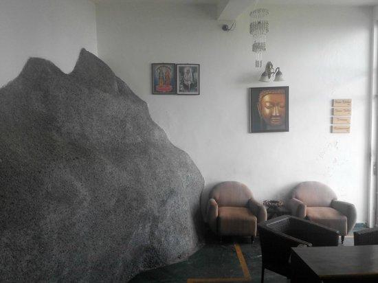 Mussoorie Gateway: Lobby