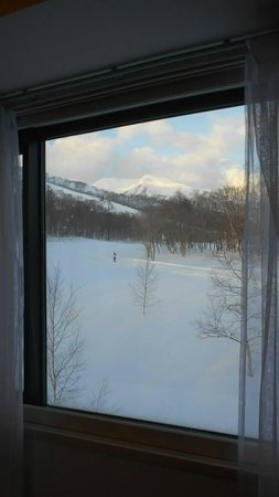 One Niseko Resort Towers : View from the kitchen
