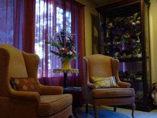 Whispering Firs Bed and Breakfast: Woodland Suite