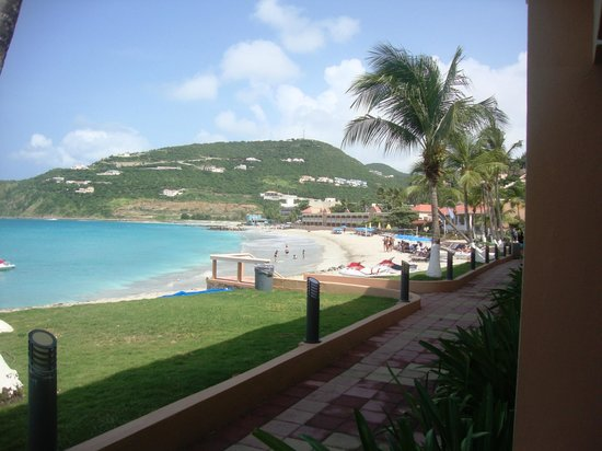 Divi Little Bay Beach Resort : SHOW DE BOLA!