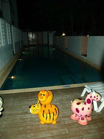 Mandawee Resort & Spa: สระว่ายน้ำ