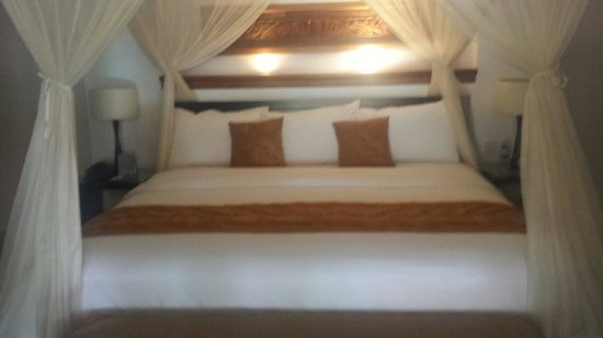 The Kunja Villas & Spa : Most comfortable bed I've ever slept in