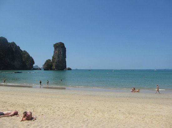 Centara Grand Beach Resort & Villas Krabi: Beach