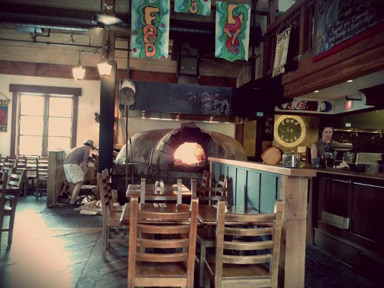 Creekbread : Wood fired pizza oven