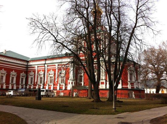 Couvent et cimetière de Novodievitchi : Храм