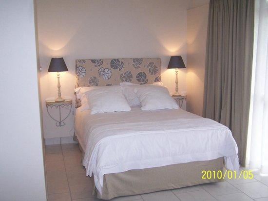Avilla House: Bedroom