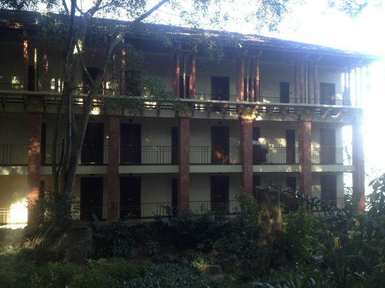 Amaya Hills Kandy: View of one of the hotel buildings