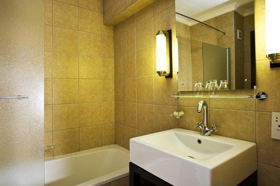 Safari Hotel: Hotel Safari Business Class Room Bathroom