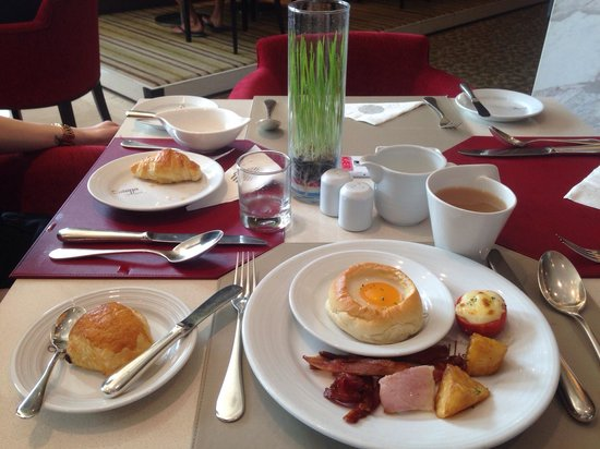 Pullman Bangkok King Power : Excellent breakfast buffet
