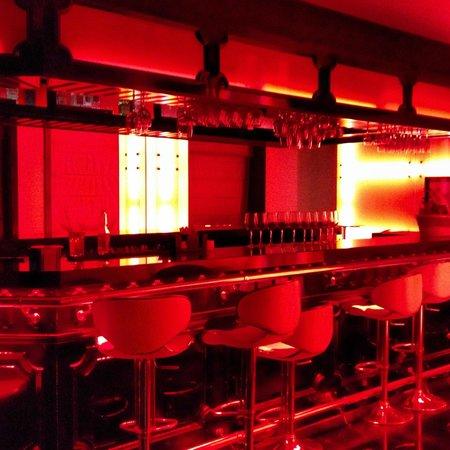 Hotel Real del Rio Tijuana: Cherry Bar