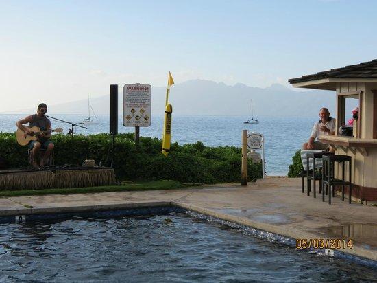 Royal Lahaina Resort: Beach Bar