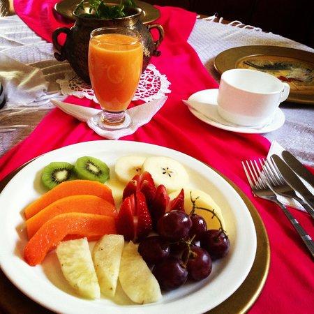 Casa de hacienda Su Merced: Breakfast