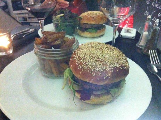 Le XXIV: Burger bœuf et fois gras: un délice !