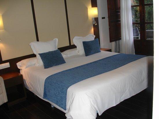 Pueblo Acantilado Suites : Betten waren nicht durchgelegen.