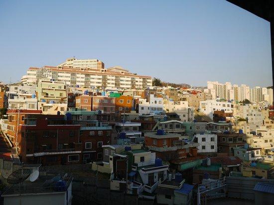 Hotel Commodore Busan : ホテルが小高いところにあるので眺めが抜群!