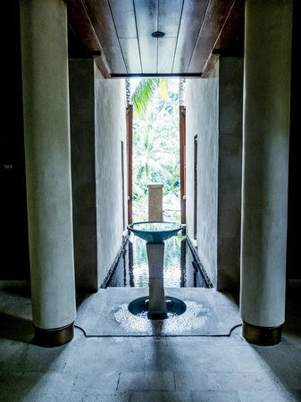 Four Seasons Resort Bali at Sayan: 芸術的なデザイン