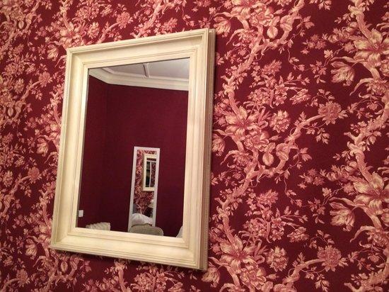 Hotel Villa Rivoli: Liebevolle Dekoration im Zimmer 107...