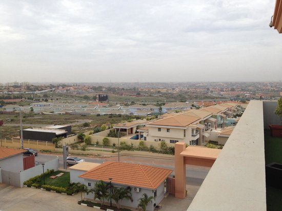 Royal Plaza: É visível a cidade do Kilamba, na linha do horizonte