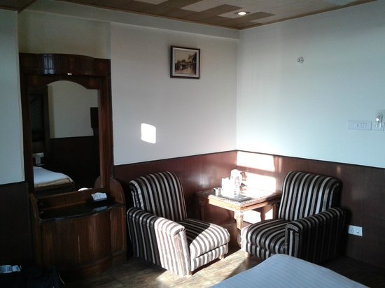 Kapil Hotel: super deluxe valley view room