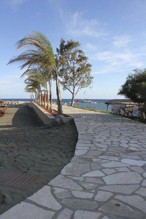 Four Seasons Hotel : Пляж отеля