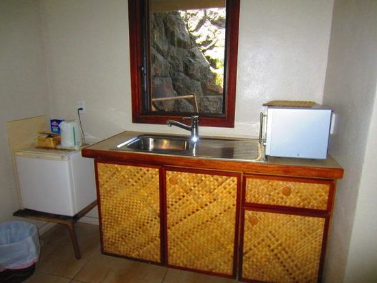 Le Manumea Hotel: Kitchenette