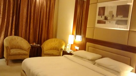 Lemon Tree Premier: Comfirtable rooms