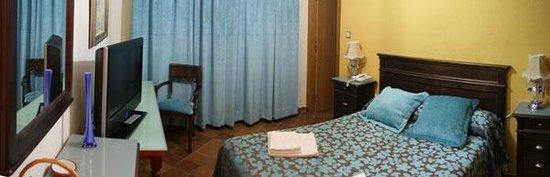 Hotel Almona : HABITACIÓN DOBLE