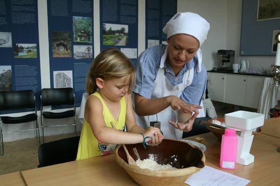 Gammel Estrup - The Manor Museum: Help the kitchen maid