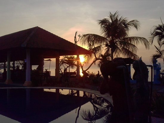 Bali Grand Sunsets Resort & Spa: Закат